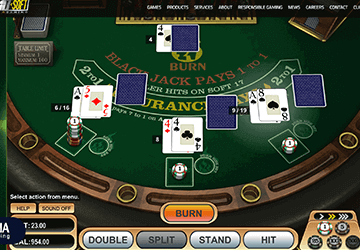 slot 21 Burn Blackjack de Betsoft